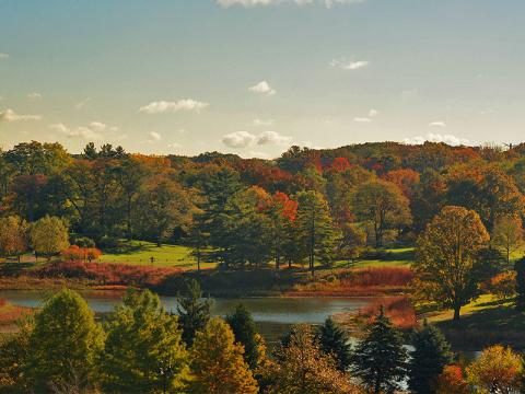 Le lac Round Meadow aux couleurs de l'automne