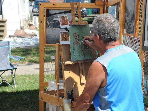 Peintre à l'œuvre à l'Allentown Art Festival