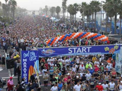 Fréquentation record pour le Surf City USA Marathon