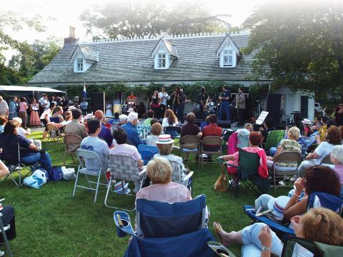 Appréciez les joies de la musique live à la foire du comté de Richmond de StatenIsland