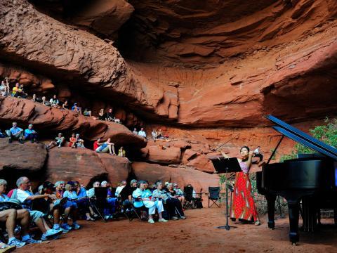 Amphithéâtre naturel investi lors du Moab Music Festival