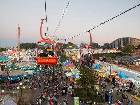 Un téléphérique à la North Carolina State Fair, dans la ville de Raleigh